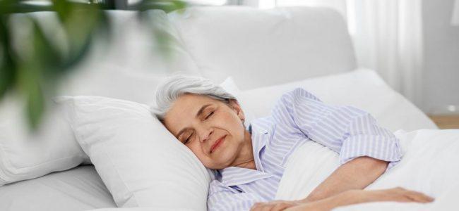 grand-mère dort bien